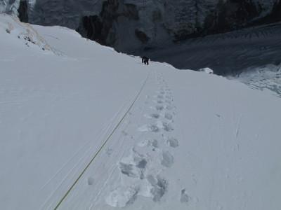 12-a 7250 metros