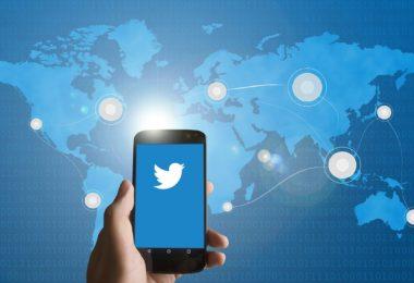 Twitter enpresako kontuak