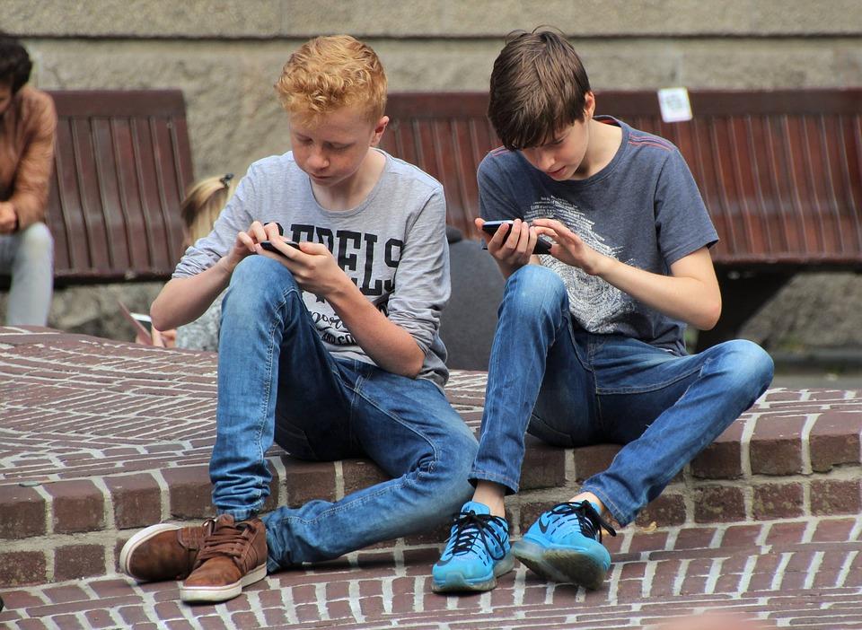 nerabeak-telefono-mugikorra2